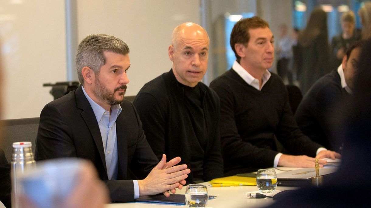 Rodríguez Larreta, la semana pasada, junto a Marcos Peña ante el gabinete porteño (Prensa GCBA)
