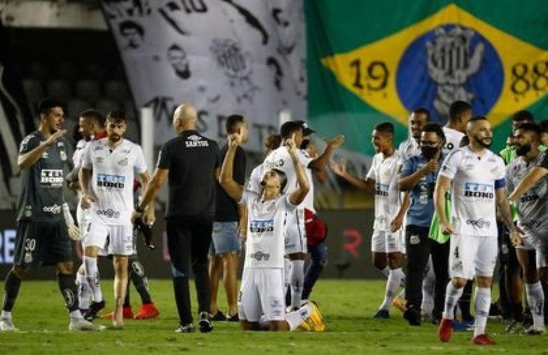 Santos viene de golear 3 a 0 a Boca (Reuters)
