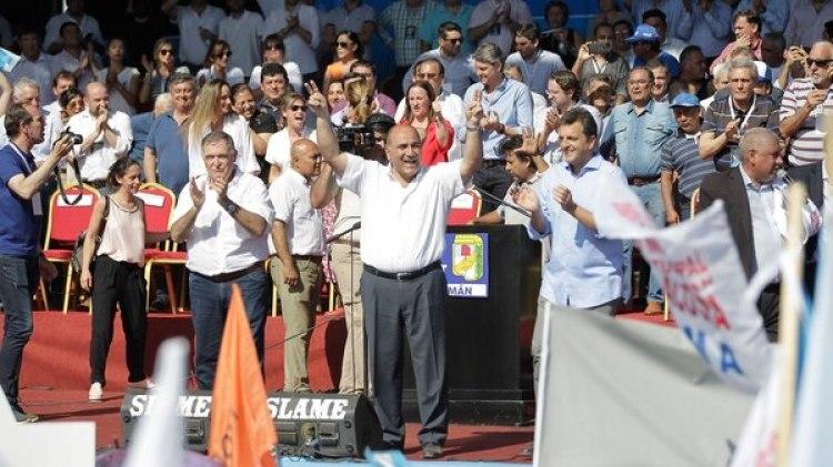 El peronismo federal se reunió en Tucumán para el Día de la Lealtad (Walter Monteros)