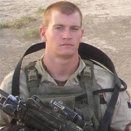 El soldado Regan.