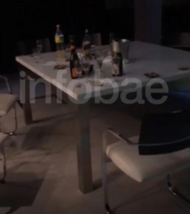 Botellas de champagne y restos de una jornada plagada de excesos, según la propia declaración de los testigos