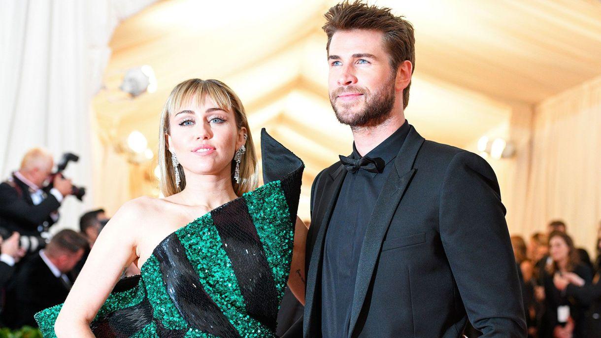 Liam Hemsworth descubrió que su matrimonio con Miley Cyrus había terminado por las redes sociales (Shutterstock)
