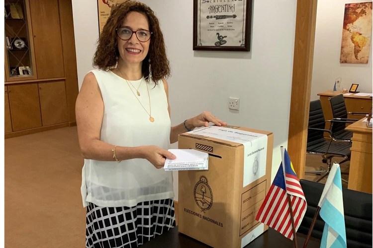 Votando desde Malasia