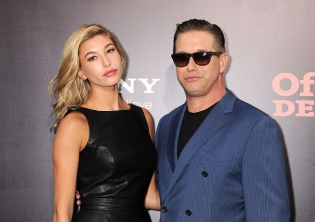 Hailey junto a su padre, el actor Stephen Baldwin (Grosby)