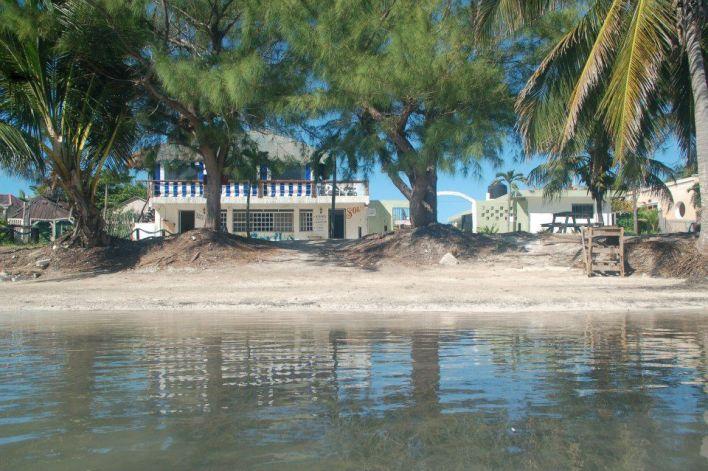 Un restaurante de la comunidad de Xcalak, Quintana Roo