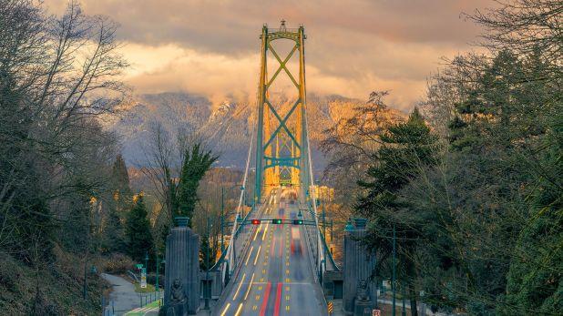 Con más de 700.000 habitantes, Vancouver es una mezcla perfecta entre una urbe moderna y vibrante. Es una ciudad poblada por una sociedad cosmopolita, educada, de alto poder adquisitivo y rodeada de un escenario natural impactante