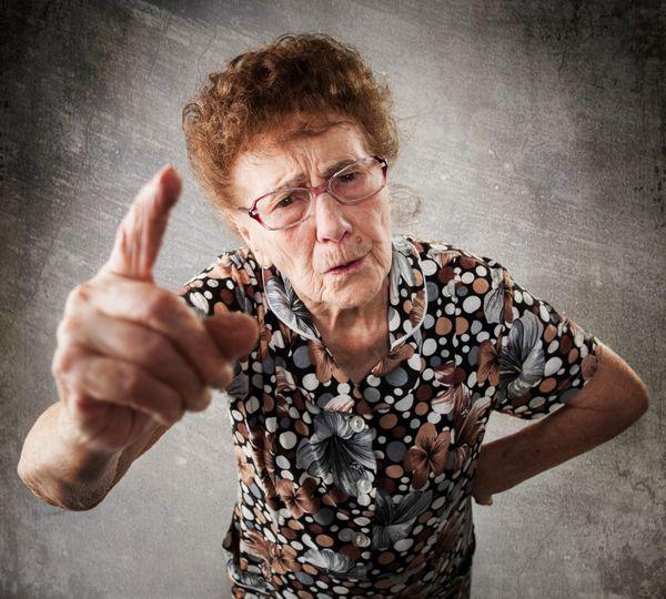 Existen muchos estereotipos sobre el rol de la suegra ante una pareja