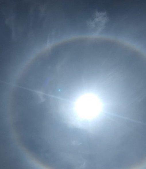Aro doble alrededor del sol (Foto: Twitter/@merry241297)
