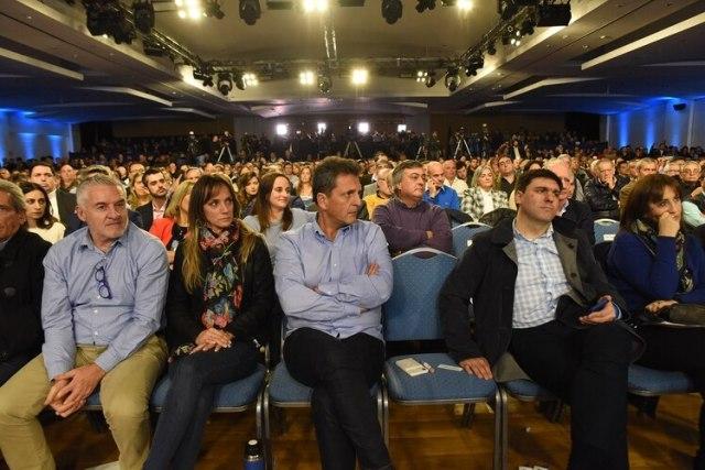 Massa durante el Congreso Nacional del Frente Renovador (Franco Fafasuli)
