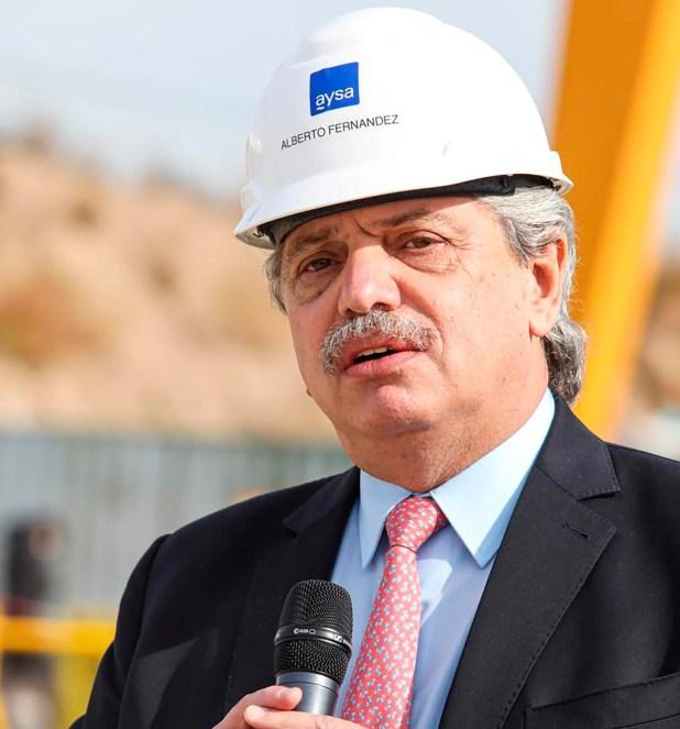 Alberto Fernandez tunelera de AySA