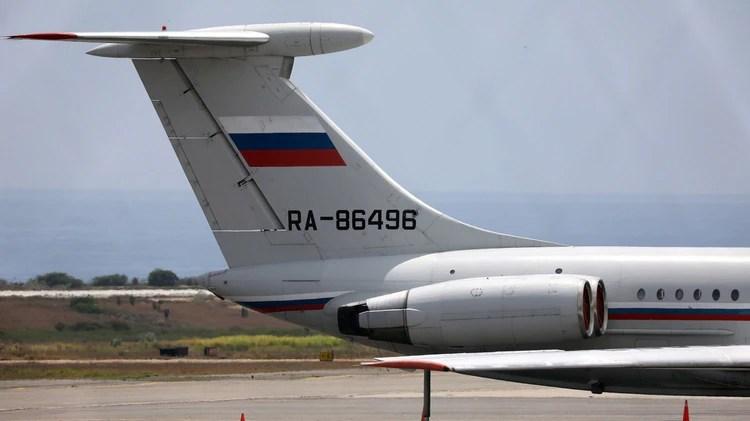 El avión ruso que llegó este lunes a Caracas (REUTERS/Manaure Quintero)
