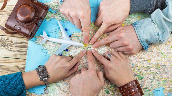 Es posible organizar un viaje por el mundo especialmente diseñado para cada individuo a partir de su información genealógica (istock)