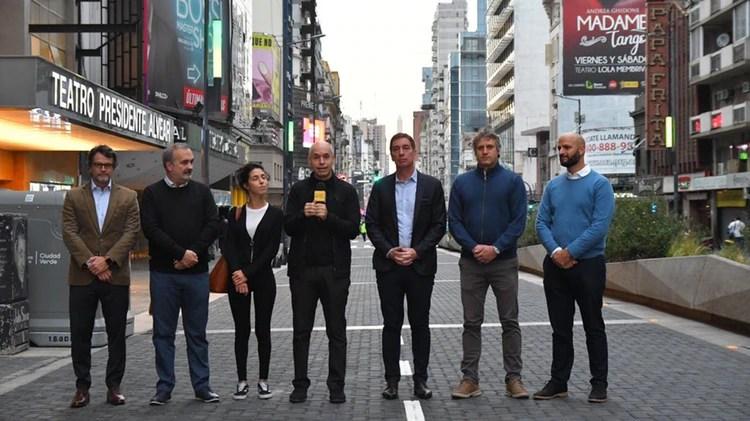 Horacio Rodríguez Larreta, Diego Santilli, Felipe Miguel, Juan José Méndez y Eduardo Macchiavelli (Twitter: @horaciorlarreta)