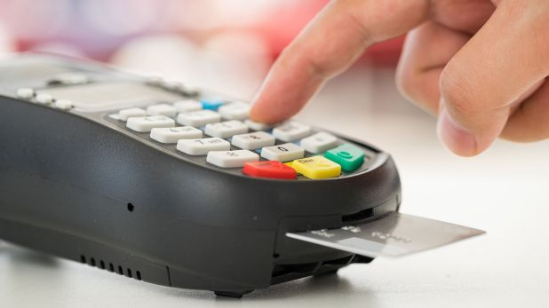 Con tarjeta de débito se pueden extraer hasta un límite de $ 8.000 en supermercados y farmacias habilitadas