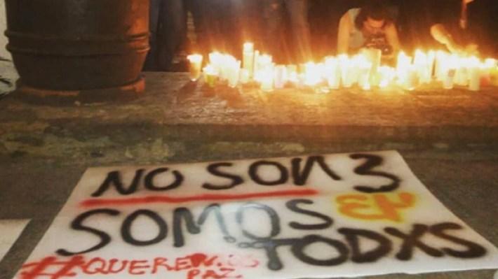 Velada el lunes por el asesinato de los tres jóvenes. (Foto: publicada con la gentileza de Gabriel Orihuela/Guadalajara)