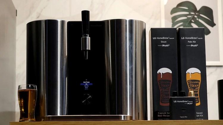 La máquina de hacer cerveza, la LG HomeBrew (Reuters)