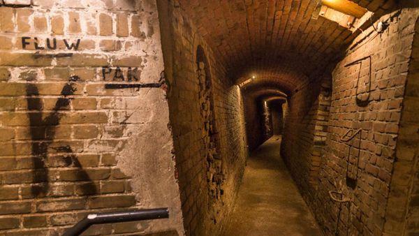 Los laberintos y las habitaciones subterráneas fueron construidas a partir de 1942 en el Mar del Norte en La Haya, Holanda (Solveig Grothe)