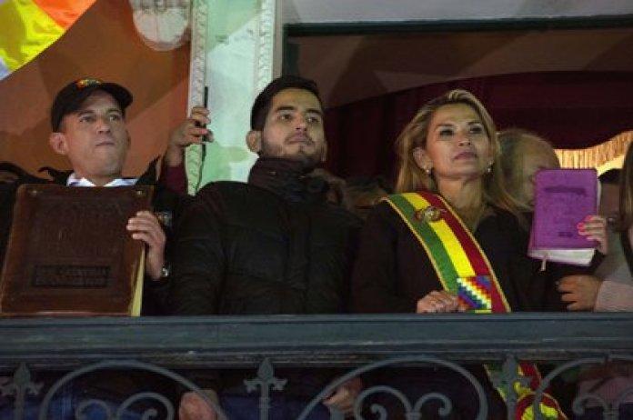 File photo: Jeanine Áñez during her proclamation as interim president in 2019 (MEAGAN HANCOCK / ZUMA PRESS / CONTACTOPHOTO)