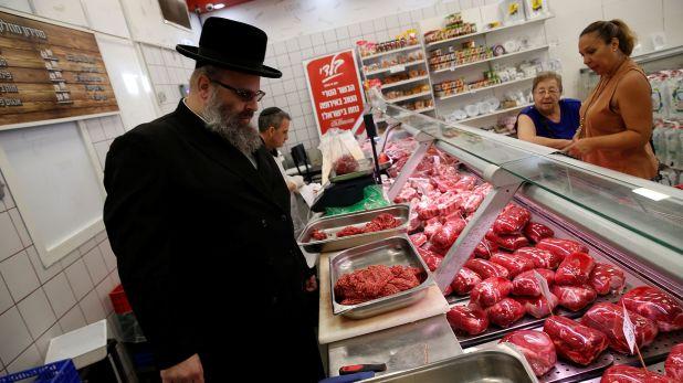 En lo que va de 2020 Argentina envió a Israel 21.600 toneladas de carne kosher, por un valor de casi 160 millones de dólares, según datos del INDEC.