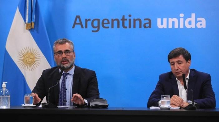 Alejandro Vanoli, en una reciente conferencia. Quedó en medio de la tormenta por el pago a jubilados y otras prestaciones.