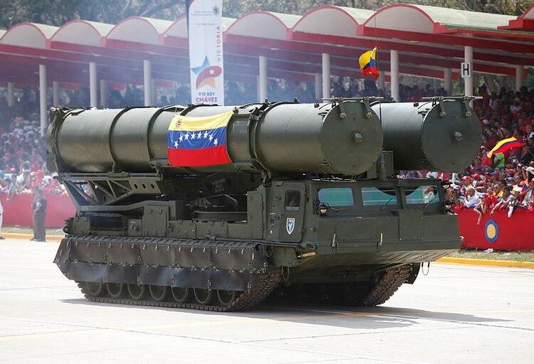 Un lanzado de misilesS-300VM, parte de la batería desplegada por Venezuela