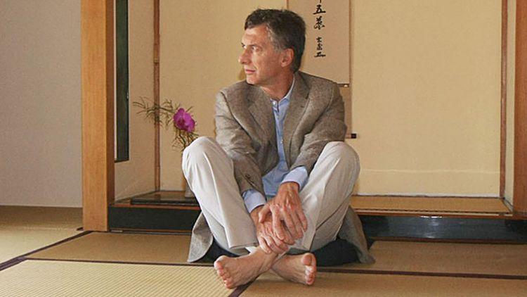 """Según contó el propio Macri, se acercó al budismo en un momento en que se sintió """"muy agredido"""" por el kirchnerismo."""