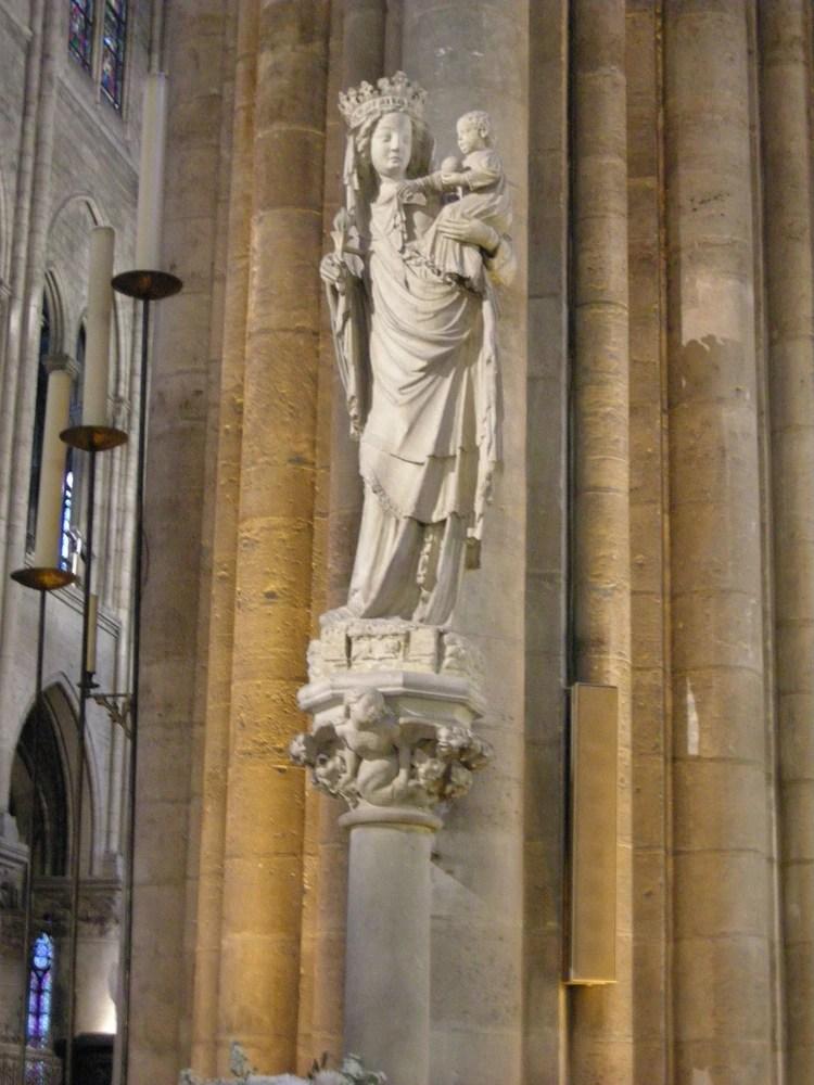 """Virgen de París"""