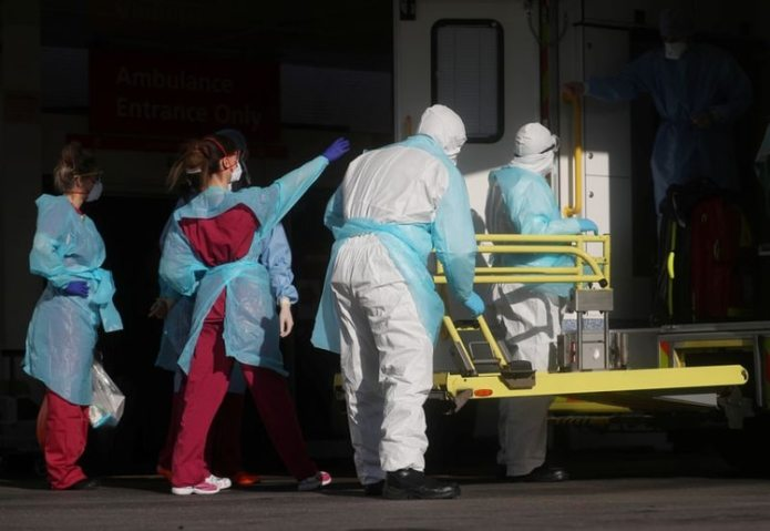 El Reino Unido registró 917 nuevos muertos por coronavirus en las ...