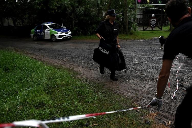 La Policía Bonaerense en el lugar.