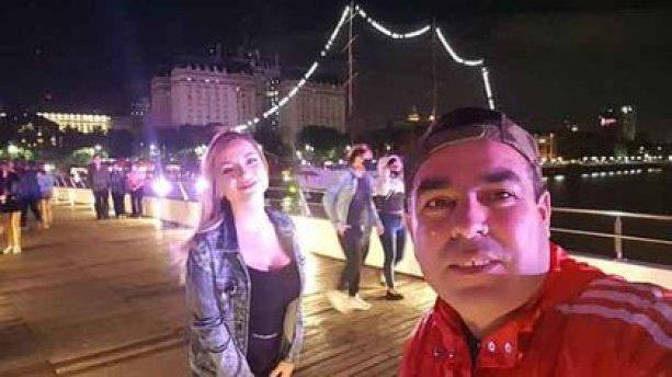 Purita y Antunez en el Puente de la Mujer, en Puerto Madero