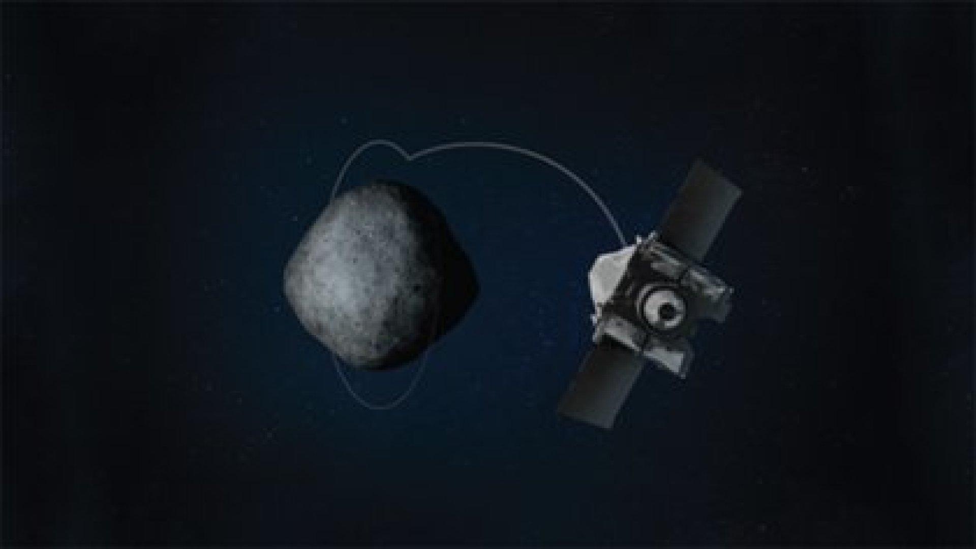 Una ilustración de OSIRIS-REx mientras realizaba una maniobra hacia el Orbital B, que lo llevó a una altitud de sólo 680 metros.(Universidad de Arizona)