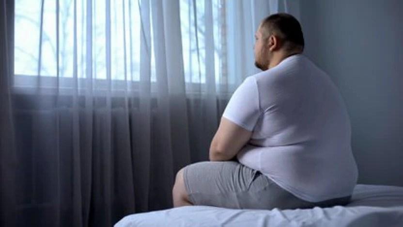 La obesidad es una enfermedad compleja en la que intervienen factores genéticos y ambientales (Shutterstock.com)