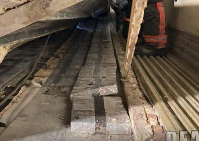 La droga estaba oculta en el compartimiento de un camión, de acuerdo con agentes de la DEA que realizaron el aseguramiento  (Foto: Captura de pantalla)