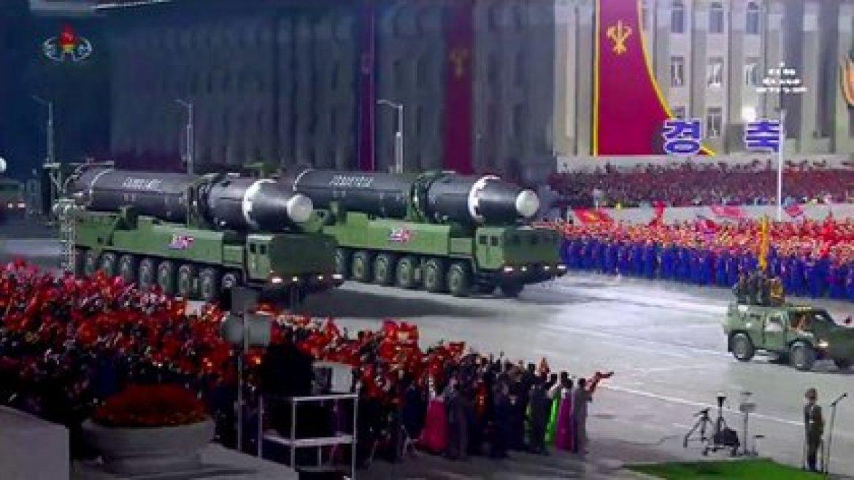 El nuevo misil intercontinental gigante presentado por Corea del Norte