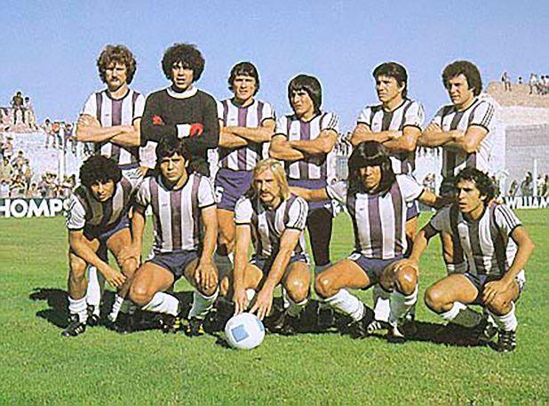 Parados: Binello, Guibaudo, Oviedo, Arrieta, Galván, Rivadero. Agachados: Bocanelli, Cabrera, Reinaldi, Ludueña, Alderete