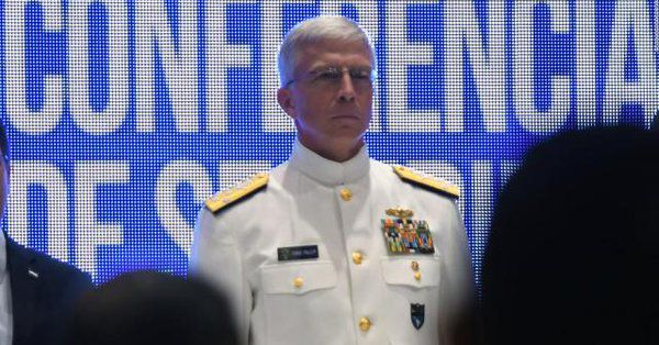 Maduro también apuntó contra Craig S. Faller, jefe del Comando Sur de EEUU