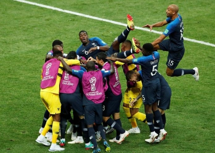 Soccer Football – World Cup – Final – France v Croatia – Luzhniki Stadium, Moscow, Russia – July 15, 2018 France's Kylian Mbappe celebrates with team mates after scoring their fourth goal REUTERS/Maxim Shemetov