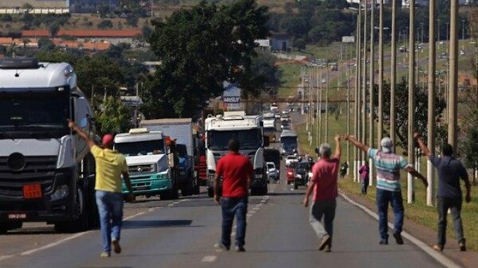 La huelga de camioneros en Brasil (AP)