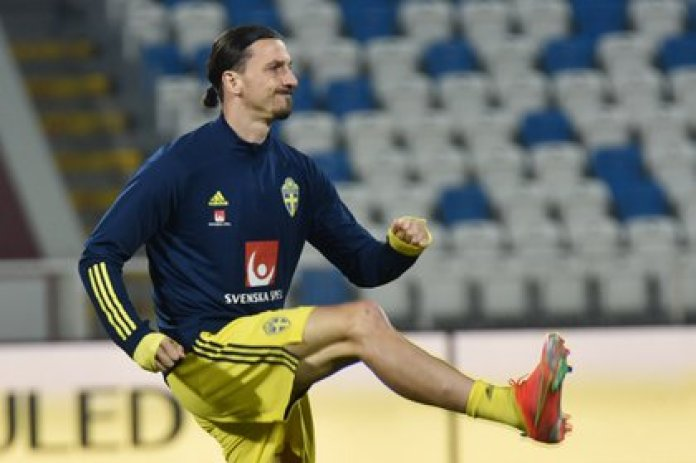 Soccer Football - World Cup Qualifiers Europe - Group B - Kosovo v Sweden - Fadil Vokrri Stadium, Pristina, Kosovo - March 28, 2021 Sweden's Zlatan Ibrahimovic during the warm up before the match REUTERS/Laura Hasani