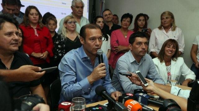 El gobernador evitó referirse al futuro de Mauricio Macri y Cristina Kirchner