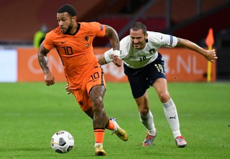 Depay tuvo a Koeman como entrenador en la Selección de Holanda - REUTERS/Piroschka Van De Wouw