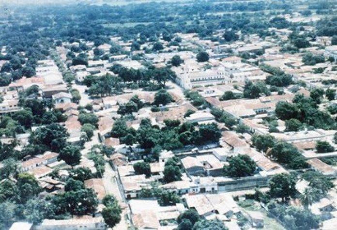 Una imagen histórica de cómo lucía la ciudad antes de la tragedia. Armero dejó de existir: murieron 23 mil personas por la catástrofe (Fundación Armando Armero)