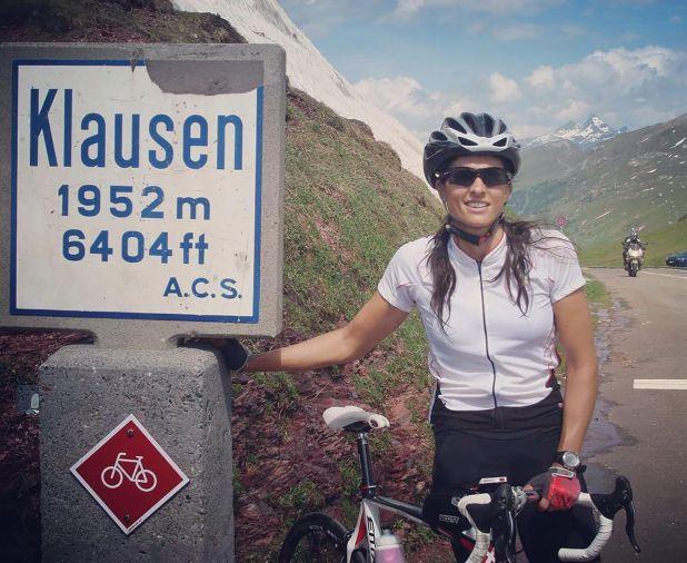 Su nuevo vecino en Suiza será Roger Federer, es probable que se lo cruce en sus salidas en bicicleta. (Instagram)