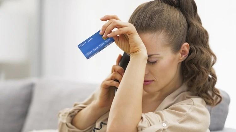 """Mantener el hábito de abonar el mínimo de las tarjetas puede ser un """"arma de doble filo"""" (Foto: Especial)"""