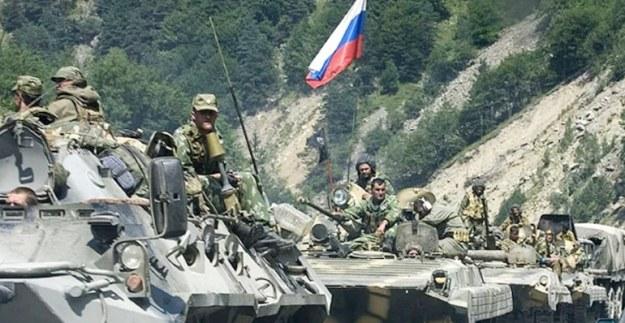 konvoi tank rusia