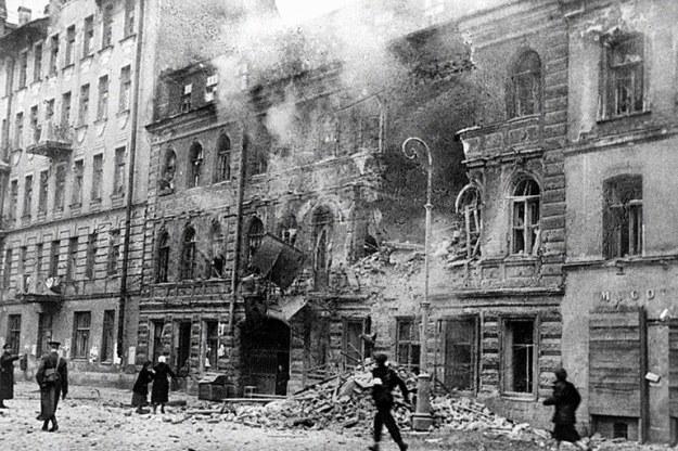 leningrad yang hancur oleh artileri jerman