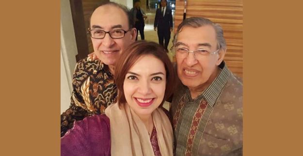 najwa shihab bersama ayah dan pamannya, alwi shihab