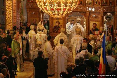 sfintire-biserica-sf-maria-blaj-2010-02