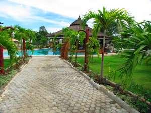 Reasonable Rates At The Harmony Hotel Panglao, Bohol, Philippines 004