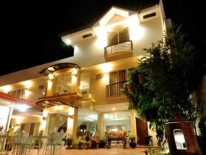 Stay At The Harbour Gardens Tourist Inn Bohol And Get More Out Of Your Money! 001